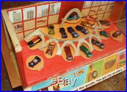 1968 Hot Wheels Red Line 16 Car Store Display With Original Rare Flap Beautiful
