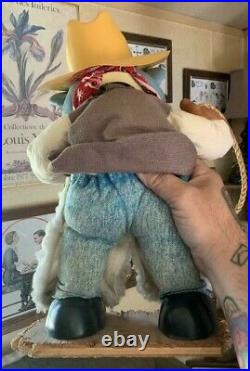Chuck E Cheese Store Display Statue Cowboy Costume Cover Style Vintage & Rare