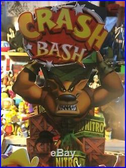 Crash Bandicoot Sony PlayStation Promo Die Cut Store Display 2000 RARE Bash PS1