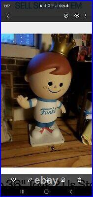 Freddy Funko 36 Toys R Us Store Display Statue VERY RARE
