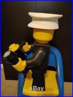 LEGO 19 JUMBO rare cop store display figure