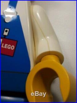 LEGO Store Display 19 Minifigure Construction Worker Rare Minifig Mini figure