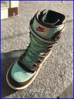 Nike Snowboarding Mini Boot Retail Display Rare