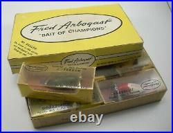 RARE LOT OF 6 VINTAGE ARBOGAST 1/4 oz JITTERBUG LURES With STORE DISPLAY BOX D3