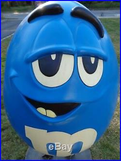 Rare LARGE Blue M&M's Store Display Wheels 4' Tall Metal Base-Pick Up New Jersey