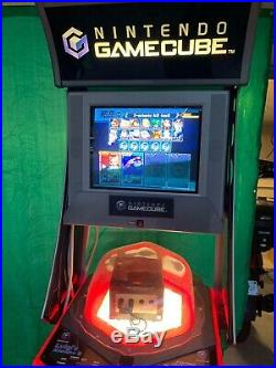Rare Nintendo Gamecube Video Game Console With Lights Store Display Kiosk. Lock