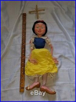 Rare Pelham Disney Store Display Large Snow White & all 7 Dwarfs Marionettes
