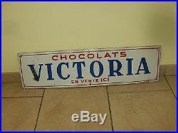 ULTRA RARE ancienne / vintage plaque émaillée Belge chocolats VICTORIA 1945